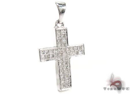 White Gold Crysler Cross Style