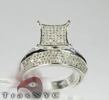 14K White Gold  & Diamond Pave Edge Ring Engagement