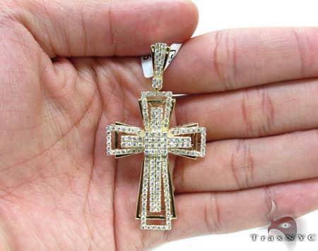 Yellow Gold Benny Cross 2 Diamond