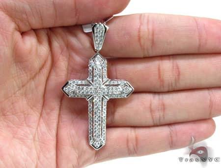 White Gold Centered X Cross Diamond