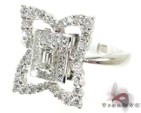4 Corner Ring Anniversary/Fashion