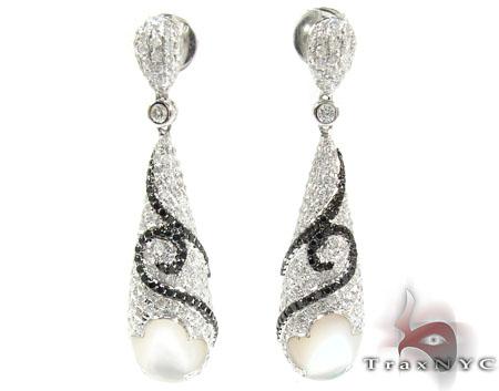 18K Gold Diamond Unique Tear Earrings 25598 Diamond Chandelier Earrings