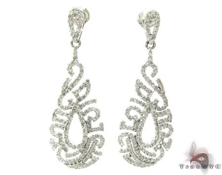 Ladies Diamond Earrings 19086 Style