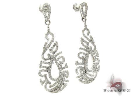 Ladies Diamond Earrings 19086 Style