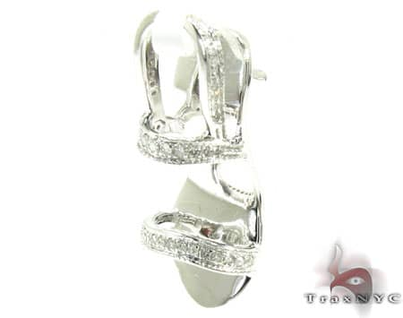 Diamond Shoe Pendant Stone
