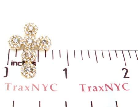 Small Diamond Cross Pendant 19528 Style