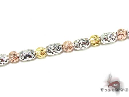 Three Tone Moon Cut Chain 22 Inches 2.5mm 14.9 Grams Gold