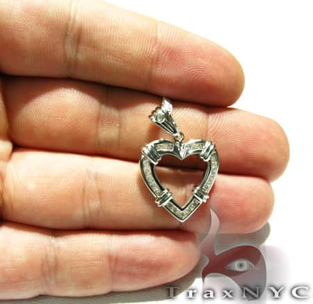 Channel Heart Pendant Stone