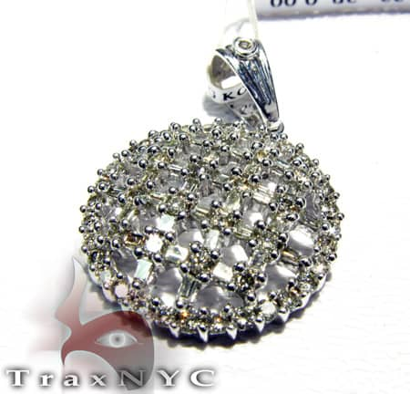 Ladies Checkered Pendant Stone