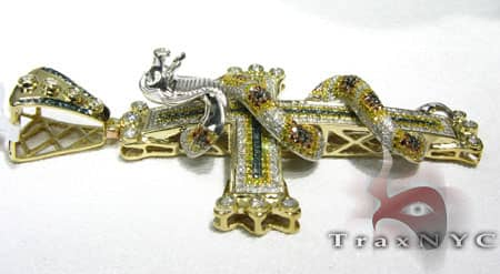 Snake Cross Diamond