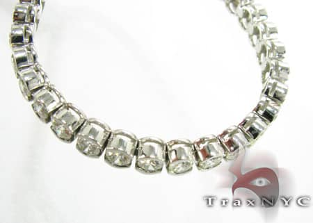 Ladies Solitaire Bezel Bracelet Diamond