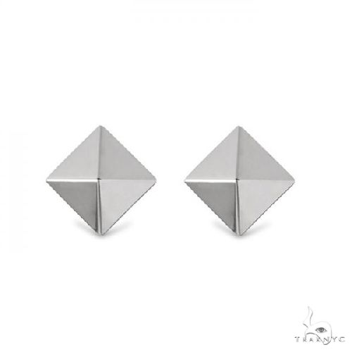 3 Dimensional Pyramid Stud Earrings in Solid 14k White Gold Metal