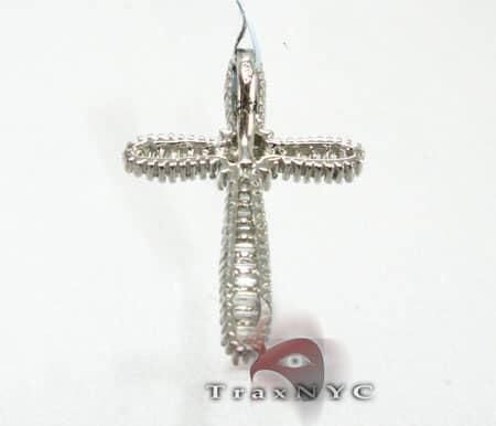 Blade Cross Diamond