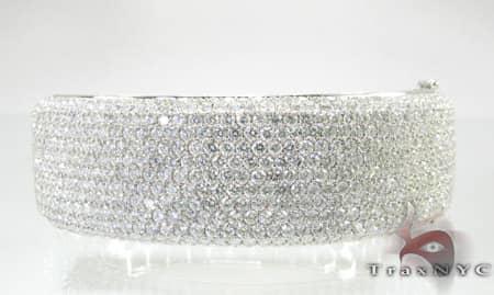 Ladies Grand Bangle Diamond
