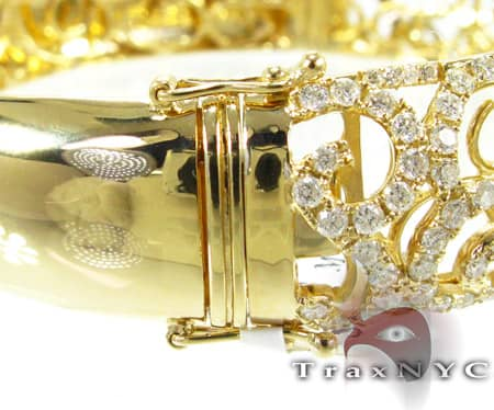 Yellow Gold Persian Bangle 2 Diamond