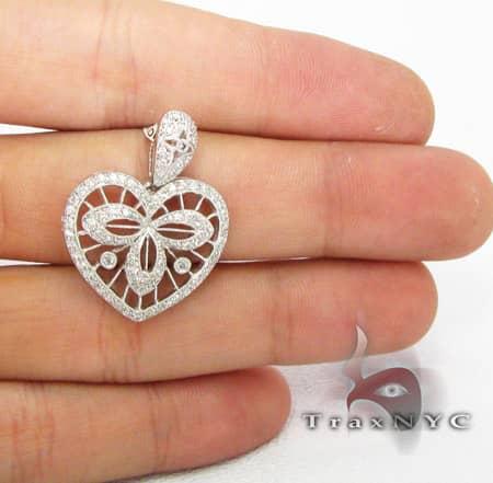 Mini Cage Heart Pendant Stone