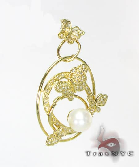 YG Butterfly Pendant Stone