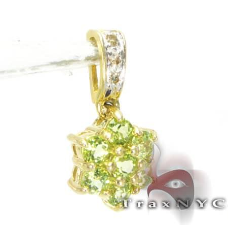RC Lime Charm Stone