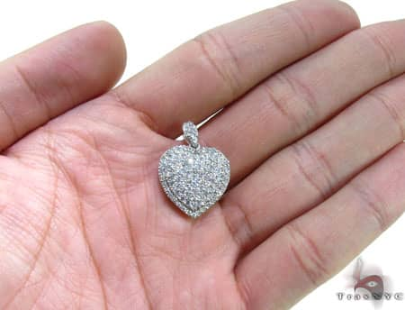 Heart Pendant Style