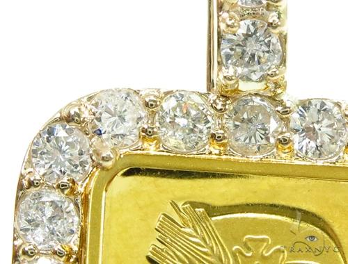 5 Gram Gold Pamp Suisse Bar Diamond Pendant 2 Metal