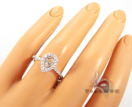 Pear Shape Semi Mount Ring Engagement