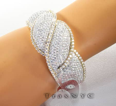 Fire and Ice Ribbon Bracelet Diamond