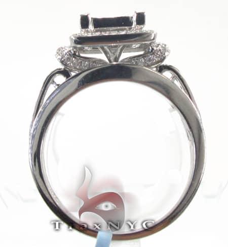 Queens Classics Ring Engagement