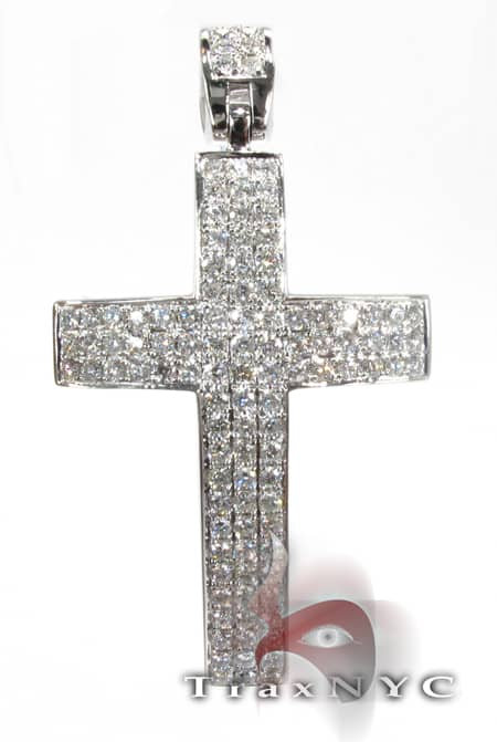 Timeless Cross Diamond