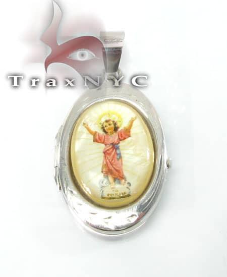 Young Jesus Locket Metal