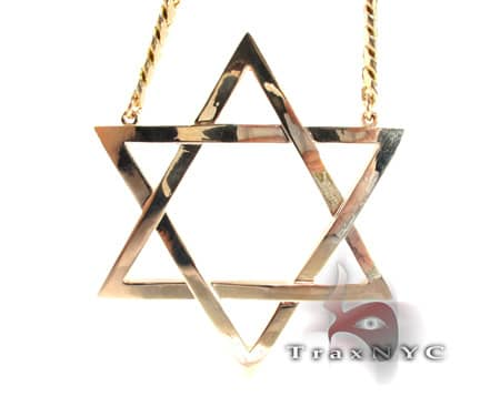King David Star and Chain 3.10 Inches Wide, 240 Grams Gold Chains
