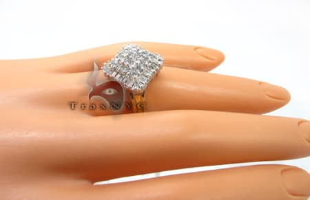 Prong Set Pyramid Ring Anniversary/Fashion