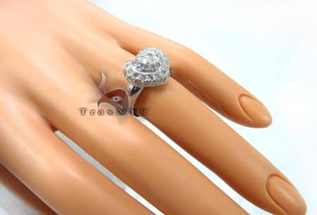 Pave Heart Ring Anniversary/Fashion