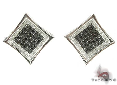 Black Diamond Aster Earrings Stone