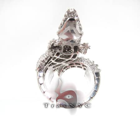 14K White Gold & Diamond Alligator Ring Stone