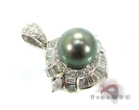 Green Pearl Focal Pendant Diamond Pendants