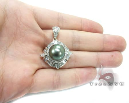Green Pearl Focal Pendant Stone