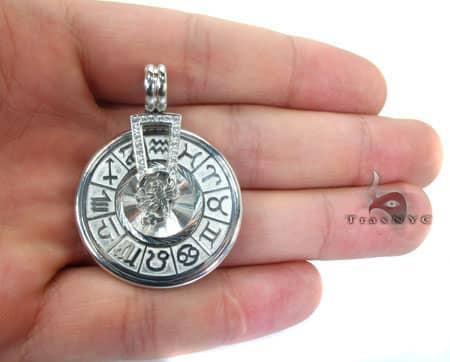 WG Spinning Horoscope Custom Pendant Metal