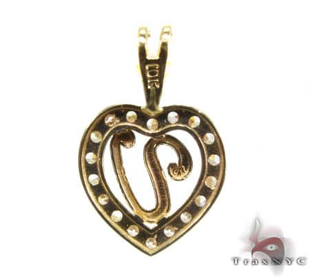 Golden V Pendant Metal