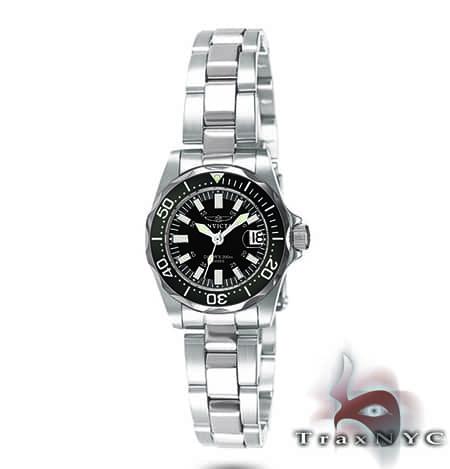 Pro Diver Sapphire QTZ Black Dial Invicta Watches