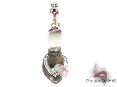 A shoe Diamond Pendant Stone