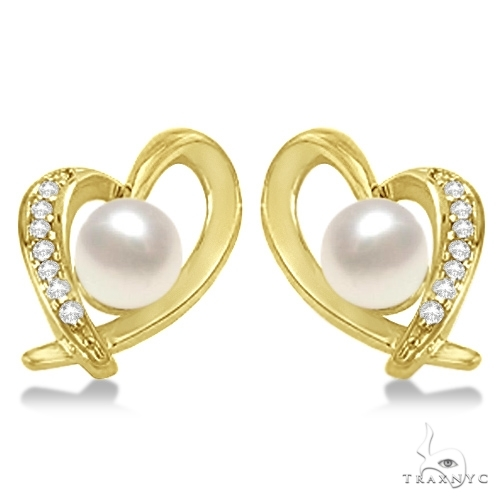 Akoya Cultured Pearl and Diamond Heart Earrings 14K Yellow Gold (7mm) Stone
