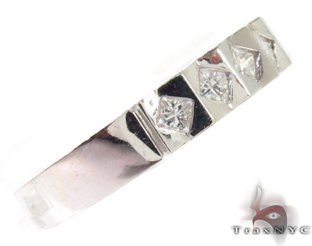 Bezel Diamond Ring 28913 Style