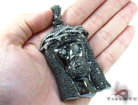 Crown of Thorns Jesus Black Diamond Pendant Style