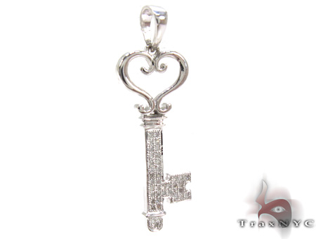 Ladies Diamond Key Pendant 21490 Stone