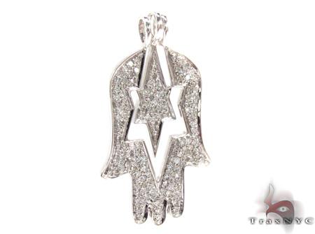Ladies Hamsa Diamond Pendant 21534 Stone