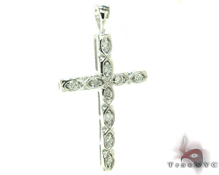 Ladies Prong Diamond Cross 21202 Style