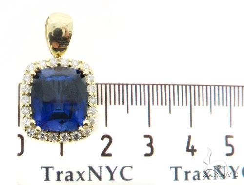 Lepus Diamond Pendant 49155 Metal