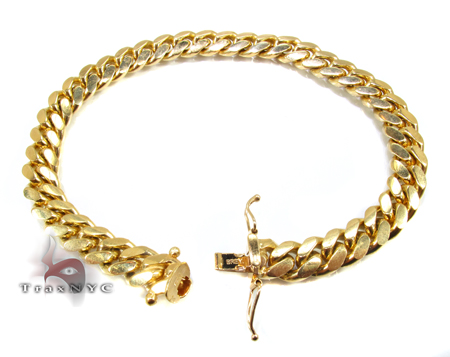 Miami Cuban Link Bracelet 7 Inches 8 mm 34.5 Grams Gold
