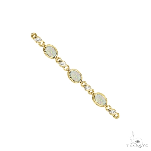 Oval Opal and Diamond Bracelet in 14K Yellow Gold (7x5mm) Gemstone & Pearl