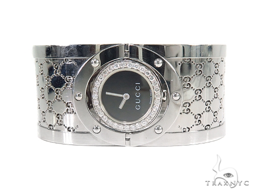 Pave Diamond Gucci 112 Twirl Bangle Ladies Watch YA112413 44149 Gucci